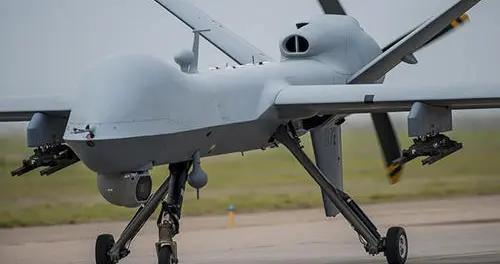 美军定点打击能力有多恐怖?一种不爆炸的导弹,用刀片击杀目标