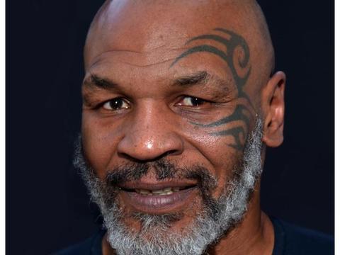 54岁泰森爆猛料!坐牢时让工作人员怀孕,拿百万豪车贿赂警察