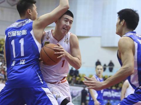 八一3消息!爆球队退赛,球员与他队达成意向,北京北控成赢家?
