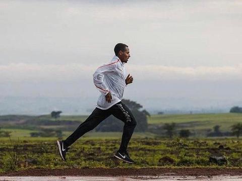 击败基普乔格,打破马拉松世界纪录,贝克勒能够做到吗?