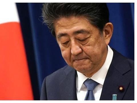 """安倍""""下台""""第二天,日本在野党要求""""调查安倍"""",菅义伟很为难"""
