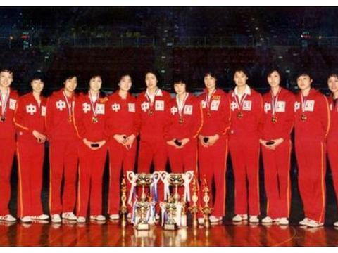 """她是中国女排五连冠唯一""""全勤""""的队员!退役之后仍大获成功"""
