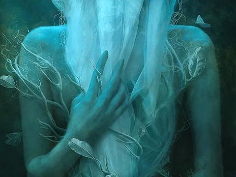 操纵时空的蒙太奇:腐朽的黑暗中,她把现实叠印成了梦境