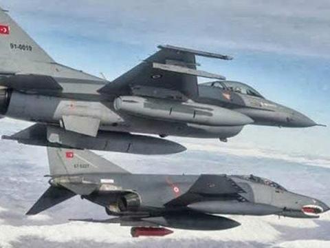 土耳其军队果断出击,F16战斗机打爆苏25,亚美尼亚面临危机