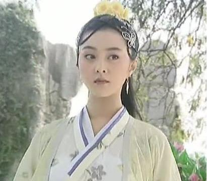 左小青最惊艳的角色,美人犹似画中仙 ,比范冰冰还美