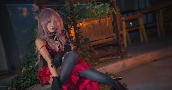 死亡爱丽丝 卑劣的灰姑娘cosplay