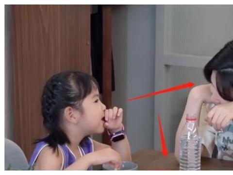 包贝尔女儿家教怎么样?做客杨子姗家超会聊天,惊呆了李诞