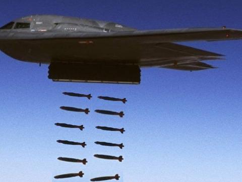 """美国""""幽灵""""战略轰炸机有多先进?开仓投弹的时间,就让多国汗颜"""