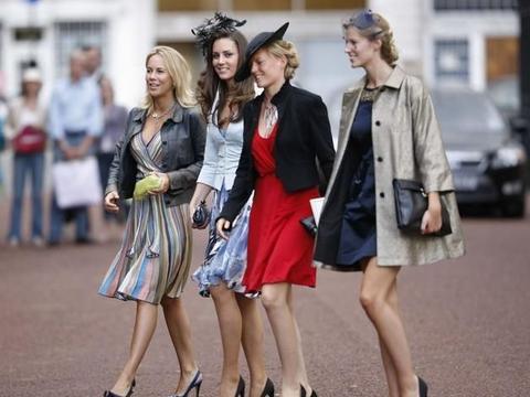 """从米德尔顿小姐到公爵夫人,""""凯特王妃""""的18个婚礼宾客造型"""