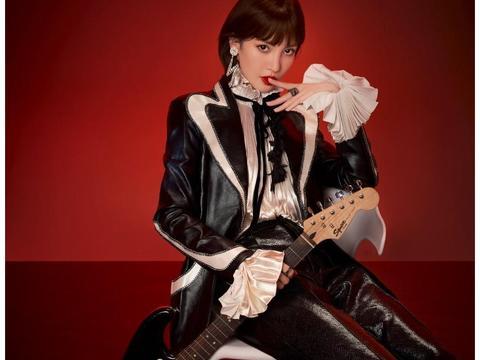 金晨最新时尚杂志照片曝光 黑色皮衣精致妆容摇滚范十足