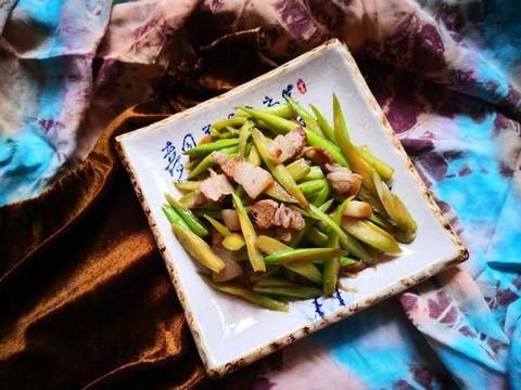 """它是""""蔬菜之王"""",比排骨贵,补钙比骨头汤强,再贵也要给孩子吃"""