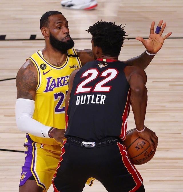 NBA总决赛G1打响,湖人首次在总决赛中迎战热火