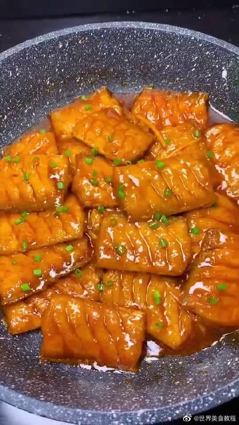 美食:糖醋带鱼,鱼肉鲜嫩入味儿,简单易学,快去试试吧