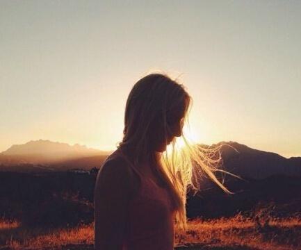 人生励志箴言,生活很苦,保持余热,温暖自己