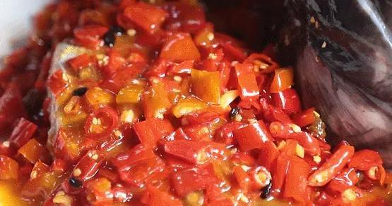 大悦城竟然藏着400㎡小长沙,剁椒鱼头、擂辣椒茄子太过瘾了