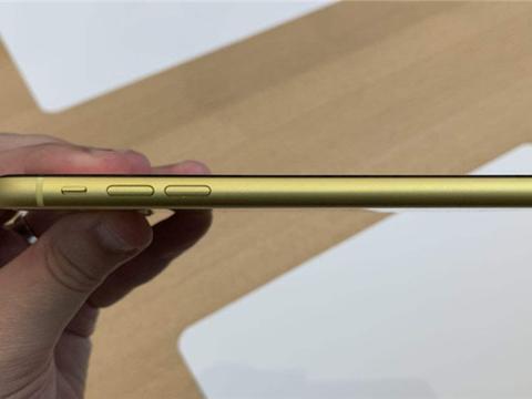 """为啥苹果手机的""""静音键""""从没被国产机模仿?答案其实很简单"""