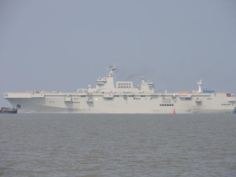 1号舰开始第2次海试、3号舰即将下水,3艘075两栖舰会如何命名?