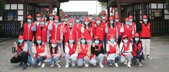 邓小平故里管理局:风雨无阻,一道红色靓丽风景线