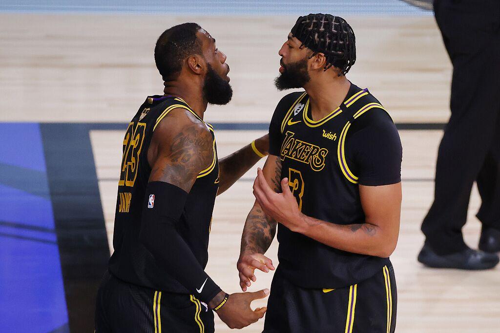 NBA总决赛已经进行了两场,目前湖人总比分2-0领先