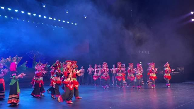 又见 《云南映象》,世界上还有哪个舞台剧演出超过6000场?