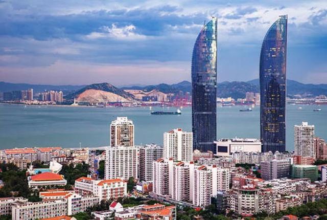 """世界""""最快""""的高层建筑被毁 只花了2个"""