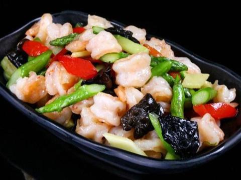美食精选:芦笋炒虾仁、肉酿蒸蛋、小炒鸡丝、莴笋炒香肠
