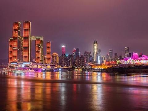 """山城重庆,因绝美夜景爆红网络,是中国西部城市的""""颜值担当"""""""