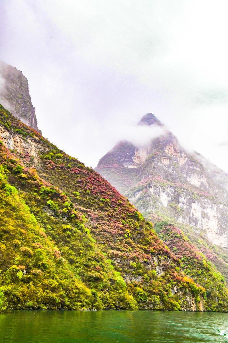 长江两岸的风景很美 但你可能没有见过这个美丽独特的巫山小三峡