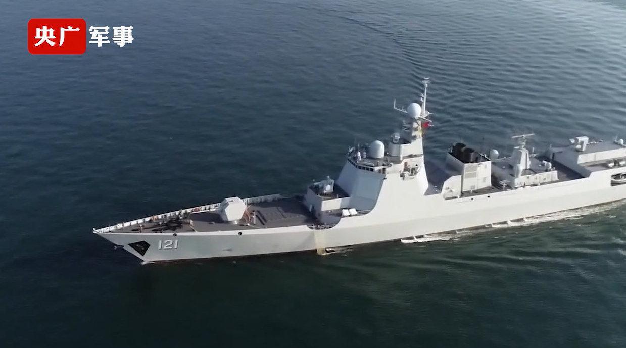 过节不忘战备!海军驱逐舰支队海上实弹射击