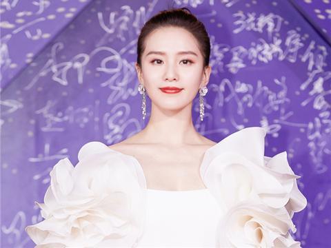 女星的出圈妆容,刘亦菲公主妆,鞠婧祎油画妆,看到杨幂:霸气