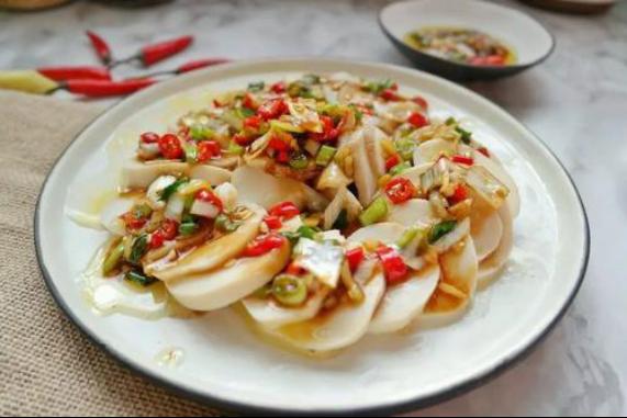 美食精选:金针菇凉拌腐竹,葱油杏鲍菇,香肠饭,仔姜爆鸭腿