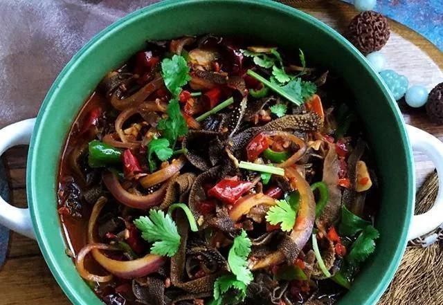 美食精选:山药胡萝卜粥、香辣炒毛肚、红枣花生粥、家常鸡腿菇