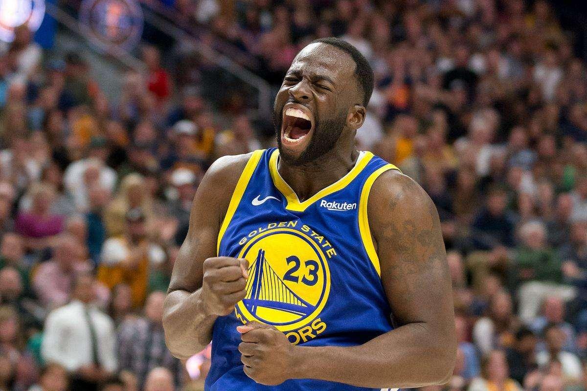 在水花兄弟的带领下他也跟从球队获得了三座NBA总冠军奖