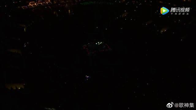 科比追悼会,碧昂斯演唱《Halo》,歌声太震撼!