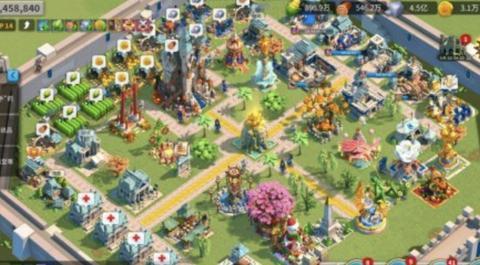 """《万国觉醒》玩家打造精美主城,网友担心会惹来""""特洛伊战争"""""""