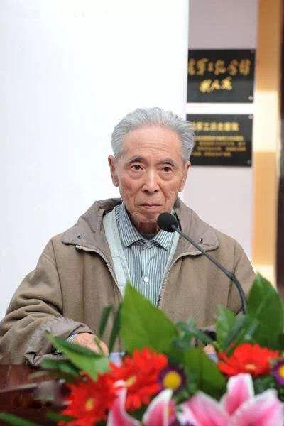 邓三瑞教授。图源哈尔滨工程大学微信公众号