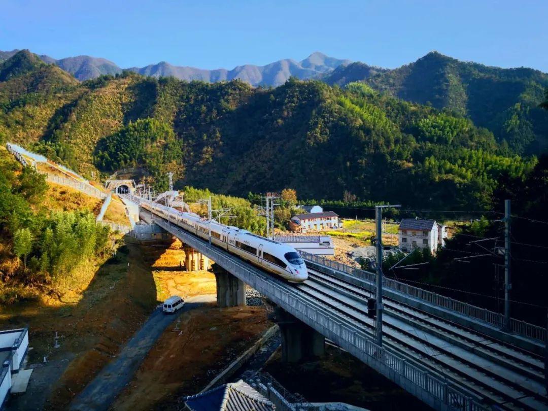 杭州到郑州最快高铁来了!全国铁路明起实施新图,还有更多便利等着你图片