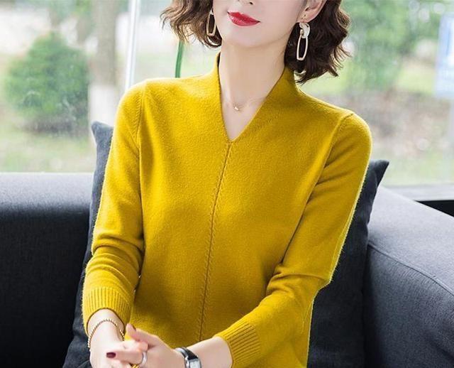 女式衬衫不应该在塞进的腰带上,这样向江浙女性学习,气质优雅
