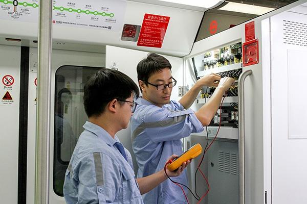 """上海轨交2号线将成全球首条拥有""""双套信号系统""""的地铁线路图片"""