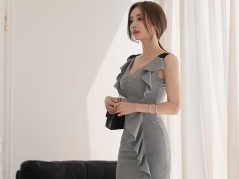女神孙允珠:灰泥瓷釉低调时尚花摆贴身裙