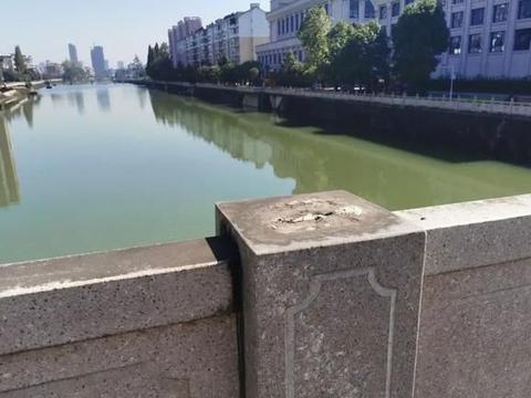 过分!铜鼓县怀远桥栏杆损坏,究竟何人所为?!