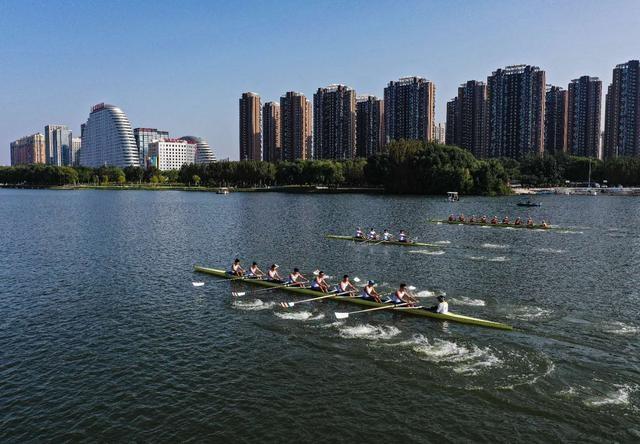 薛克功:浑河是一流赛艇夏训基地