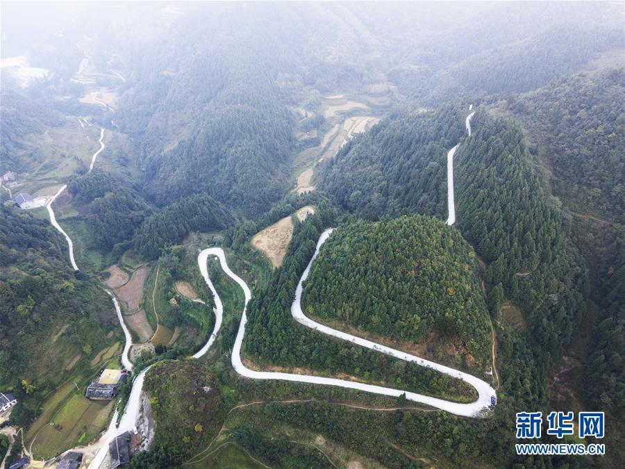 """贵州遵义:买断""""毛细血管"""" 建设一个完整的农村交通网络"""