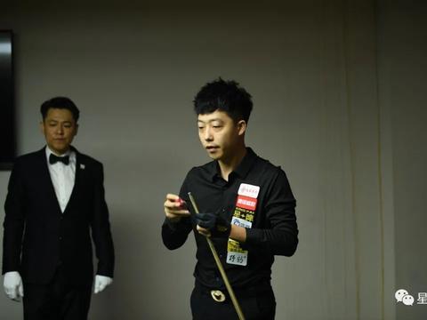 【我是台球手】颜龙海:三十 三十
