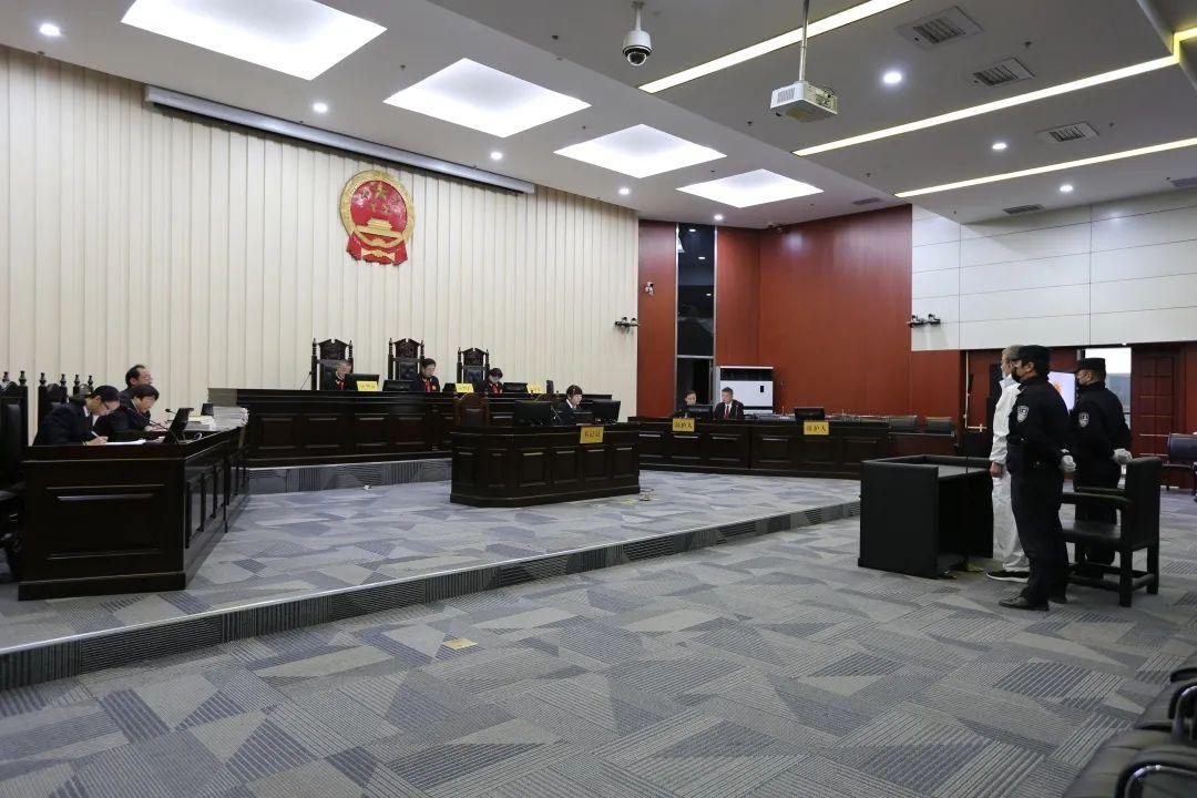 超567万元财产来源不明 青海省公安厅原副厅长任三动受审图片