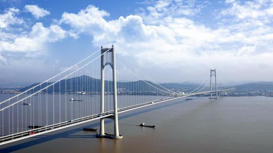 你好 新南京人 栖霞枫泾紫东河畔 在家