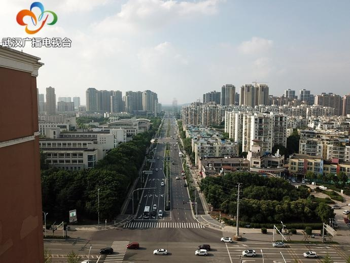 武汉:工具湖区环湖中路改造工程竣工通车...