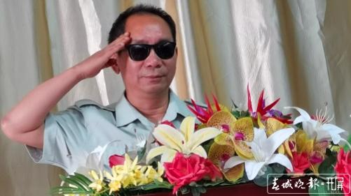 放下荣誉再出发 云南一级战斗英雄史光柱坚持做公益30余年