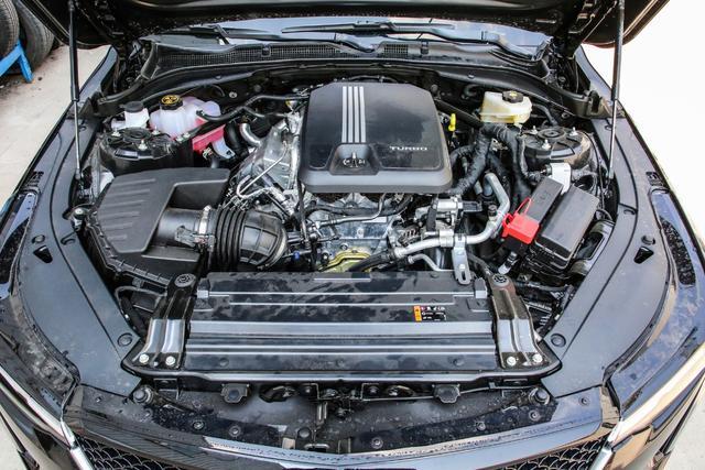 买车只认标?2.0T的凯迪拉克CT4终究不敌1.3T的奔驰A