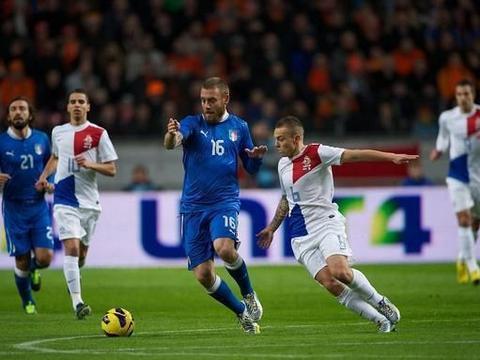 欧洲国家联赛,意大利遭遇连平,荷兰刚刚换帅不久